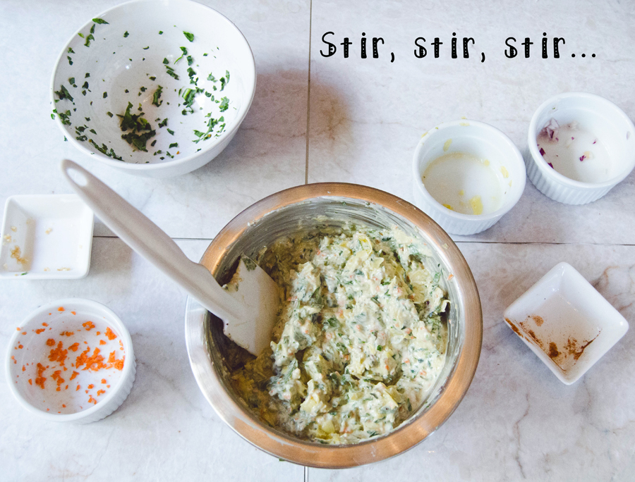 Kale, Spinach & Artichoke Dip With Greek Yogurt | So... Let's Hang Out