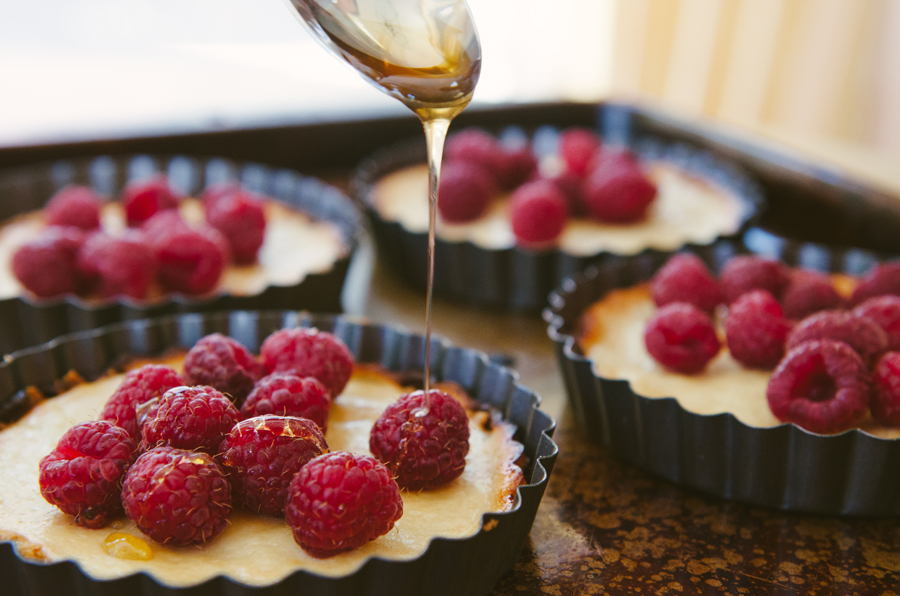 Raspberry & Honey Goat Cheese Tartlets | Gluten Free //So...Let's Hang Out