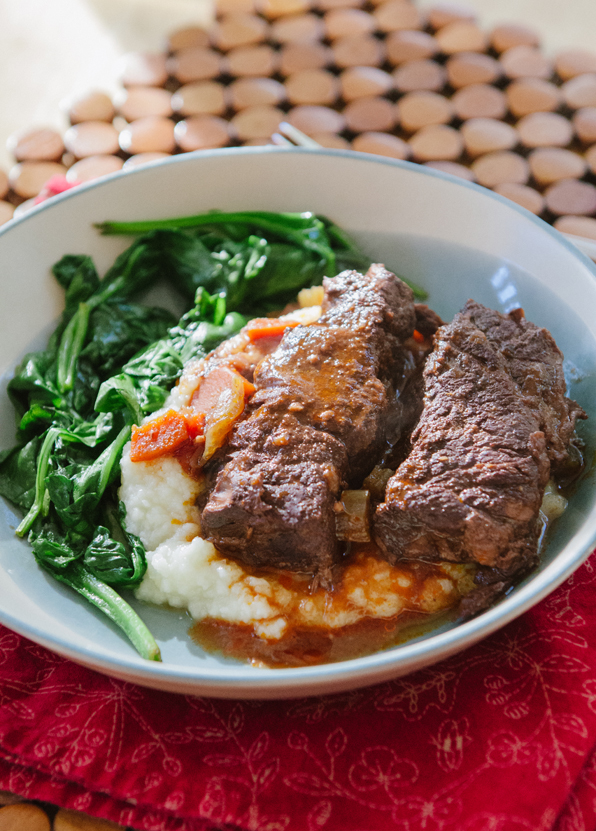 Red Wine Braised Short Ribs // soletshangout.com