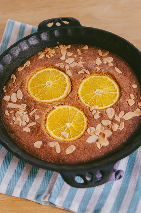 Gluten-Free Orange Almond Skillet Cake | soletshangout.com