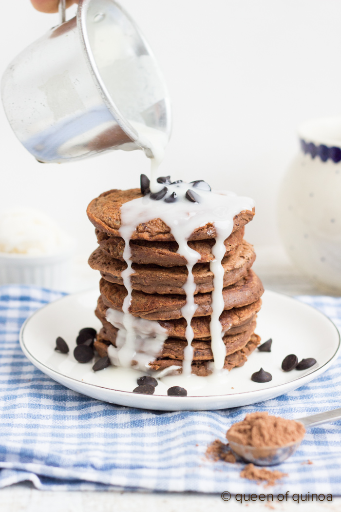 double-chocolate-quinoa-pancakes
