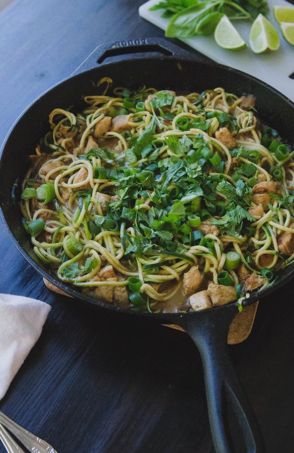 Chicken Satay Skillet With Zucchini Noodles & Peanut Sauce // soletshangout.com #glutenfree #grainfree #thaifood #paleo #primal #onepotwonder