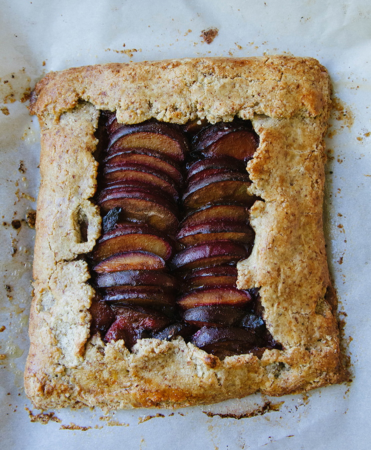 #GrainFree Cardamon Spiced Plum Galette + The Zenbelly Cookbook #Giveaway! #paleo #primal #glutenfree #cookbook #giveaway