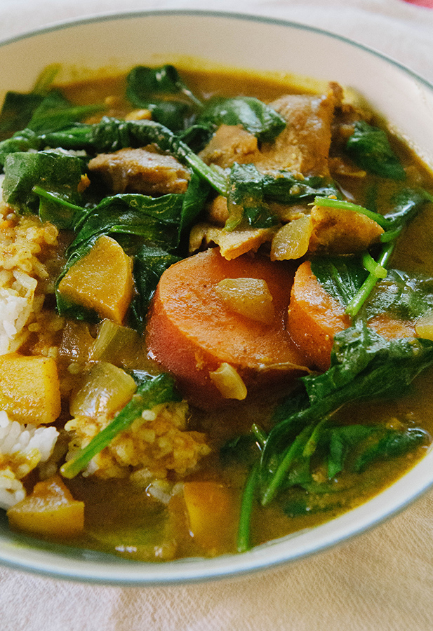 So Let S Hang Out Slow Cooker Chicken Amp Pumpkin Curry With Apple Sweet Potatoes Amp Spinach