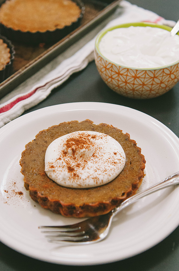 Grain-Free Chai Spiced Pumpkin Tartlets With Coconut Whipped Cream // Soletshangout.com #glutenfree #grainfree #paleo #pumpkin #tart #pumpkinpie