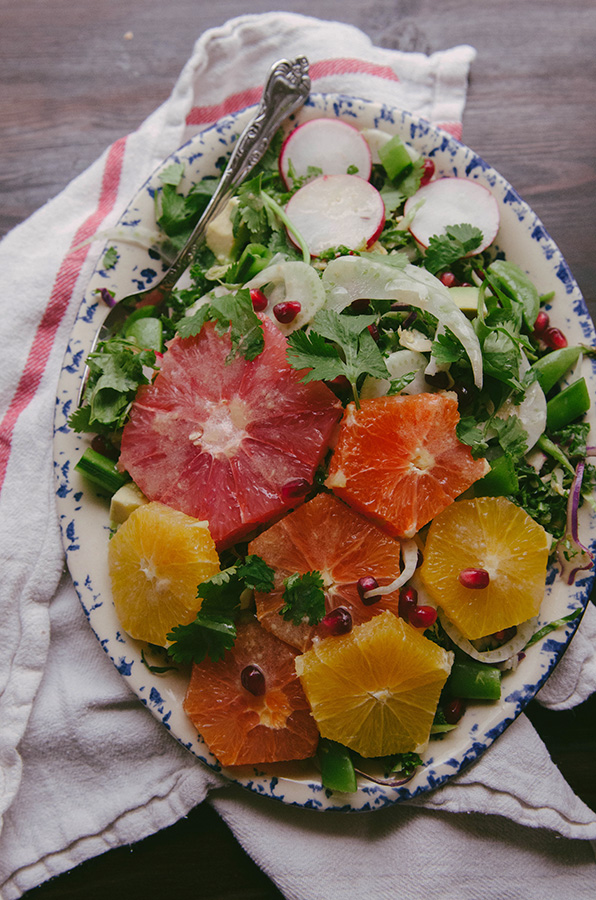 Citrus & Fennel Salad With Tahini Dressing | soletshantout.com #glutenfree #paleo #vegetarian #vegan #citrus #salad #tahini #fennel