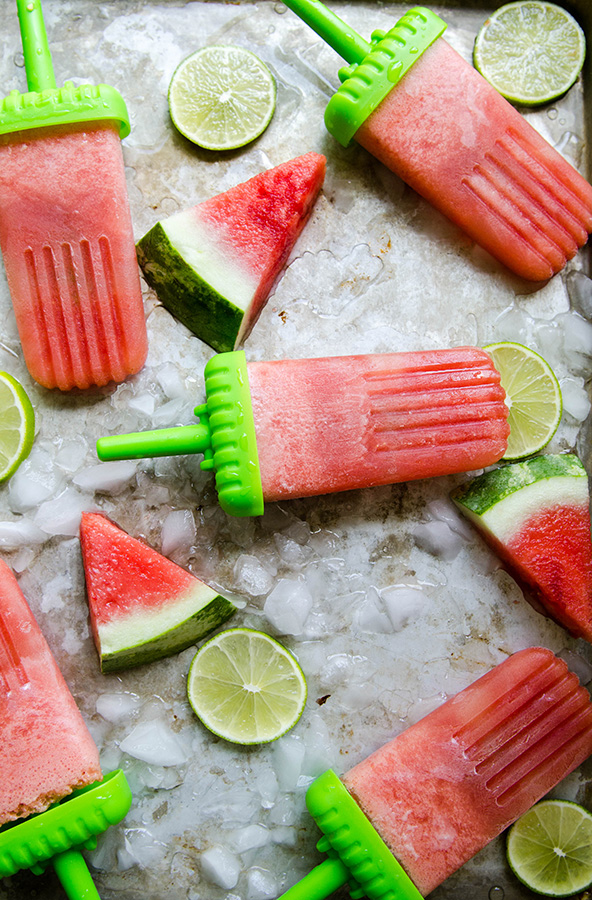 Watermelon & Lime Tequila Popsicles by @SoLetsHangOut // #summer #popsicles #popsicle #boozypopsicles #tequila #popsicleweek #watermelon #lime #paleo #glutenfree