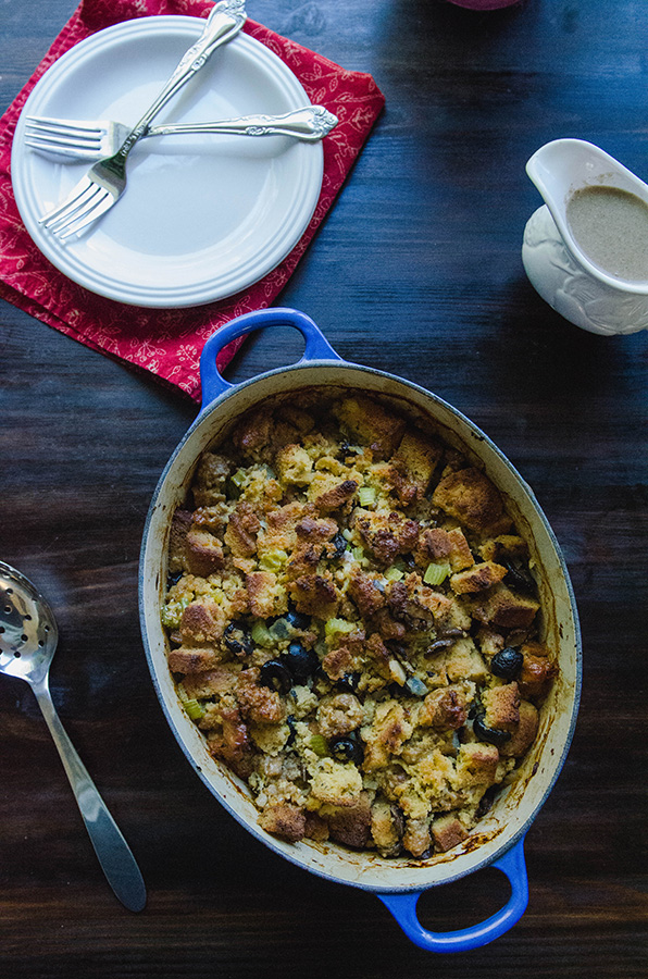 Papa Lou's Famous Italian Stuffing {Grain-Free + Gluten-Free} by @SoLetsHangOut #glutenfree #grainfree #paleo #thanksgiving #Stuffing #dressing #sausage #lowcarb