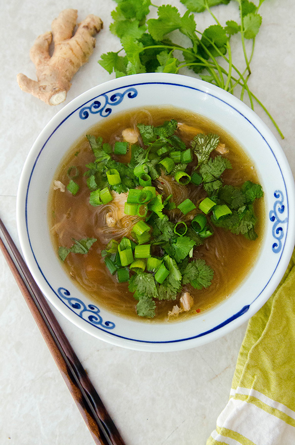 Instant Pot Chicken Ginger Noodle Soup // by @Soletshangout #paleo #glutenfree #primal #soup #chicken #kelpnoodles #healthy #healing #wellness #ginger