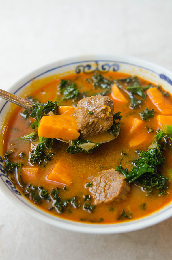 Red Curry Beef Stew with Sweet Potato & Kale by @SoLetsHangOut // #glutenfree #paleo #grainfree #stew #primal #redcurry #kale #beef #comfortfood